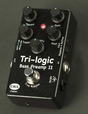 Xotic Tri-logic Bass Preamp II pedal